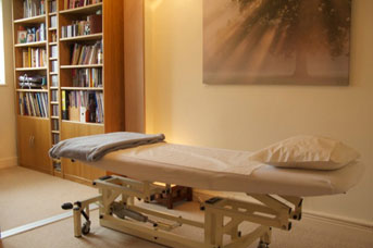 Billericay Osteopath - Osteopaths treatment room